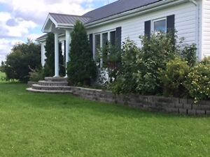 Country House For Sale in Cochrane Ontario