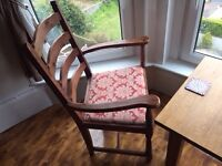 solid oak occasional table with 2 chairs