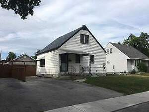 3 Bedroom House - 734 Oak Ave
