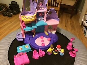 Little People Princesses and Castle