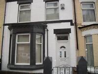Available 12th August- Large double room- Kensington Liverpool 6 - Bills Included