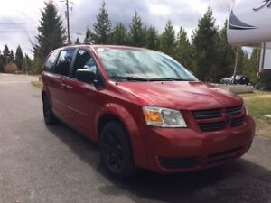REDUCED!!!  2009 Dodge Grand Caravan Stow and Go