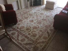1 x Traditional Large Rug size 8ft x 11ft