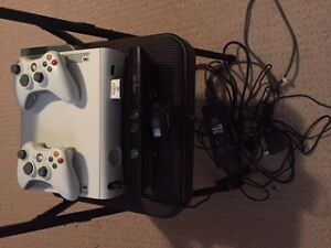 Xbox 360 2 Controllers and Kinect with 13 games London Ontario image 1