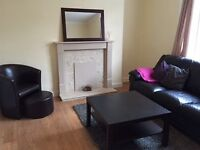 Large furnished two bed flat in Slateford £800 PCM, gas central heating, dbl glazing, garden,