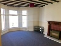 waterfront 2 bed top flat, GCH, D/Glazing, PR9 0DU, part furnished, great value, security intercom