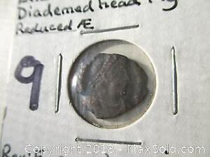 Ancient Roman Coin. 4Th/5Th Century. Diademed Head Right.
