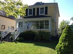 Well maintained 3 B/R home in Central Halifax