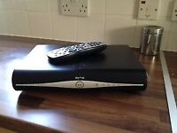 LOOK Sky HD Box with Wi-fi and 500GB in perfect working order.
