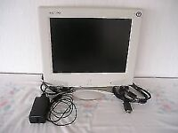 """SAMPO 15"""" COMPUTER MONITOR WITH CABLES"""