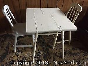 Childs Table And Chairs B