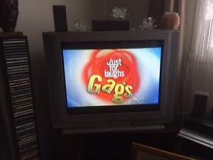 """32"""" JVC TV for sale"""