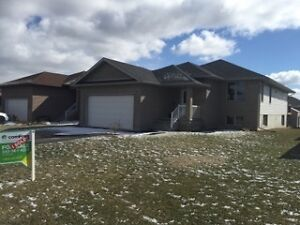 AAA May 1 Detached Bungalow 4 bedrooms 3 baths (2+2)