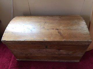 Antique Pine Dome Top Bedding Box