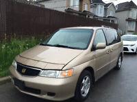 2000 Honda Odyssey minivan Camionnette
