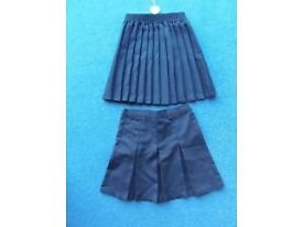 AGE 6 YEARS 2 NAVY SKIRTS