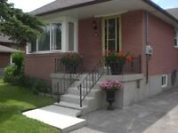 HOUSE FOR RENT DETACHED BUNGALOW DUFFERIN WILSON NORTH YORK