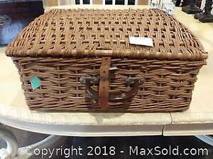 Abercrombie And Fitch Picnic Basket A