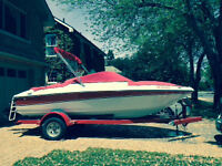 2006 Four Winns 18' Bowrider with trailer