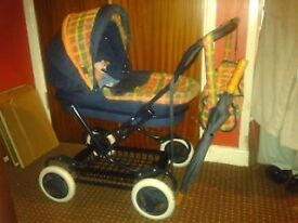 TOY PRAM WITH DOLLS AND ACCESSORIES