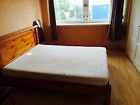 Large King size room with all amenities in a HMO property