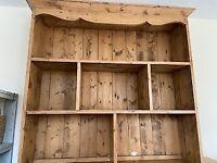 dresser top/book shelf