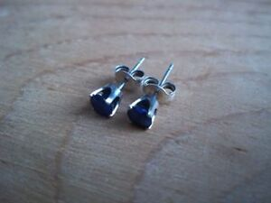 14k White Gold with Blue Sappire Earrings
