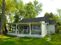 Beachfront Cottage with Bunkie - McIntee Sauble Beach