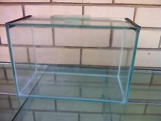 AQUARIUM FISH TANK made with glass SMALL