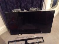 FREE Sony Bravia TV WITH BROKEN SCREEN