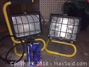 2 Work Lamps with spare 300w halogen bulb