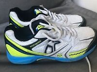 Kookaburra Cricket Spikes, size 5