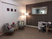Office/Beauticians rooms available to let, flexible options. Busy city centre location.