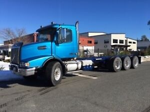 2007 Heavy Spec  Volvo Tri Drive Cab and Chassis
