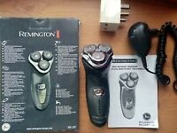 Mens Remington 3 blade shaver & accessories