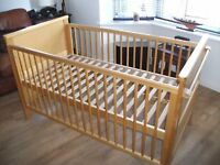 Wooden Cod Bed from Toys R Us