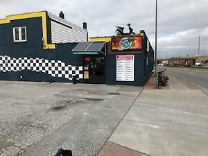 Motorcycle Trike Shop for Rent