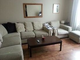 Double Room for rent (Ealing)