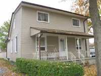 ATTENTION INVESTORS! TURNKEY DUPLEX EARNING $1600+UTILITIES