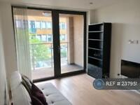 1 bedroom flat in Minton Court, London, E3 (1 bed)