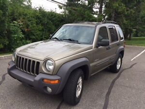 Jeep Liberty 2004 6 cylindres 3.7L 122 000 km