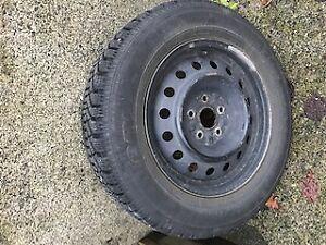 Snow Tires 215/65R16