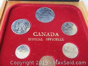 RCM 1979 Silver Dollar Set Of Canadian Currency Coins.