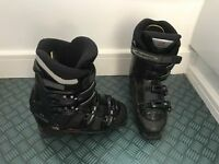 Ladies Nordica Ski Boots size 5