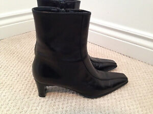 Browns Couture Black Leather Boots!  Like NEW!!