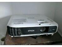 Epsom EB WO4 Projector