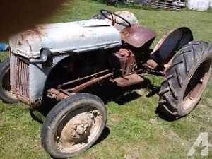 Tractor for sale. $700 obo