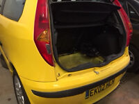 Fiat Punto sporting 16v 1.3 petrol 2002 breaking for parts