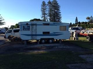 18 foot dual axle Viscount caravan Forster Great Lakes Area Preview