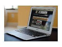 Macbook AIR 2014 13 inch , i5 - 4 GB - 128GB . Office 2016v